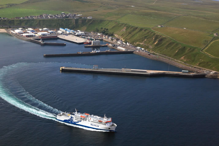 MV Hamnavoe departing Scrabster in the North of Scotland