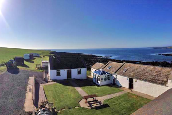 ayres rock - Orkney Hostels, Camping and Caravans
