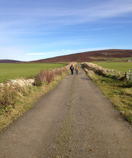 A walk to the Knowes of Trotty in Orkney