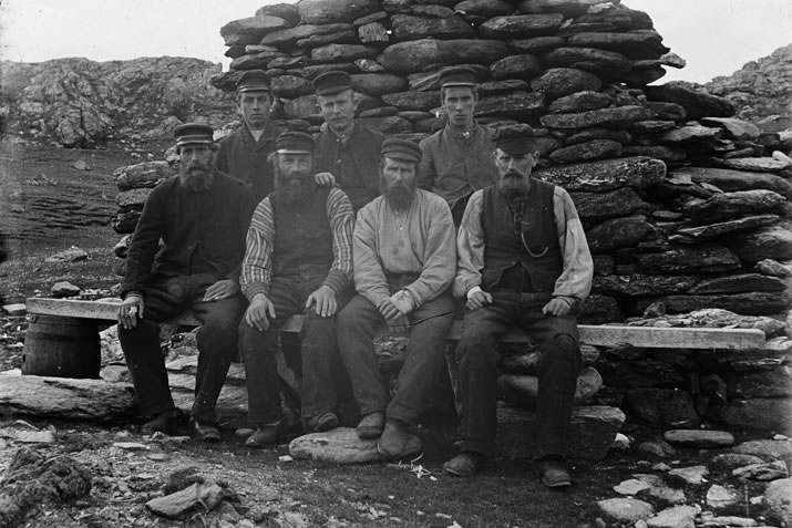 Charles Ratter and his crew at Fedaland haaf station. Photo © Shetland Museum and Archives