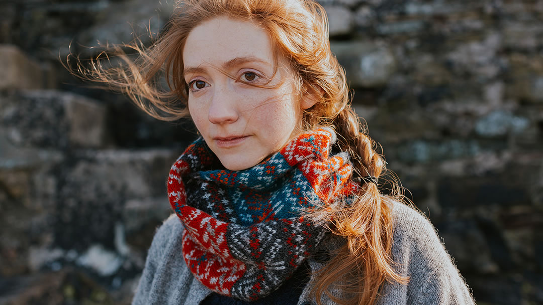 Storm Dennis Snood knitted in Jamiesons yarn - photo by Susan Molloy