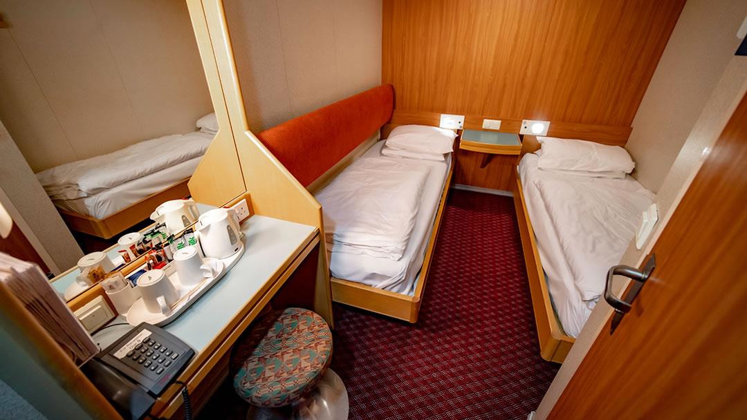 Inside 2-berth cabin